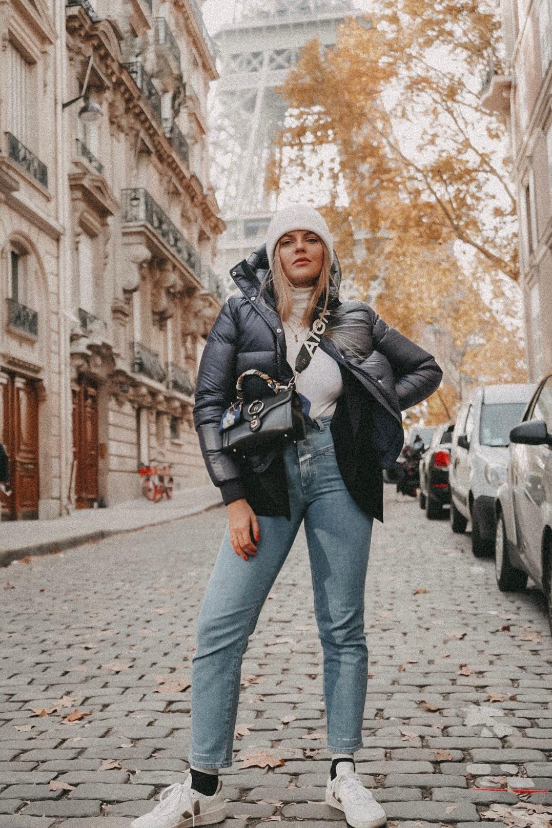 10 der schönsten Fotolocations in Paris, Rue de l'Université, 3