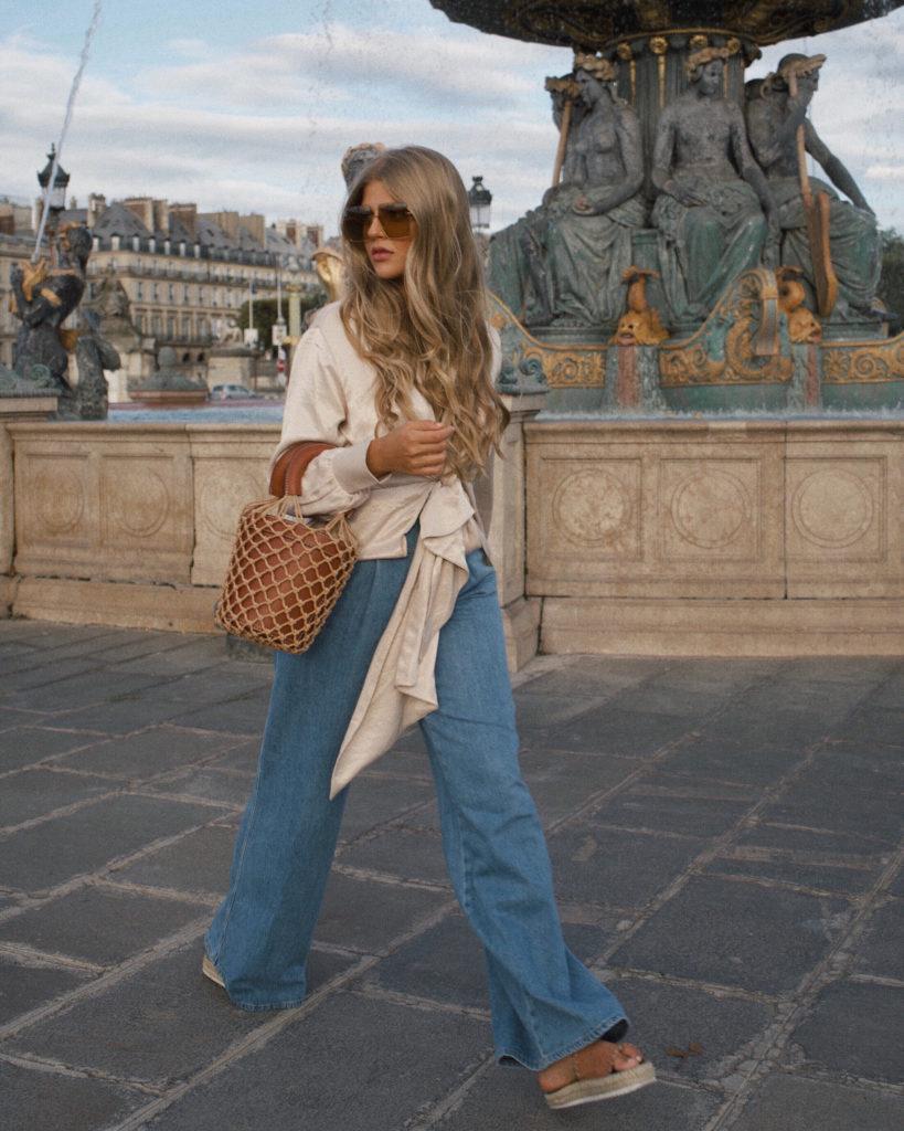 Das 4. der French Key Pieces FÜR DEINEN KLEIDERSCHRANK, eine Jeans