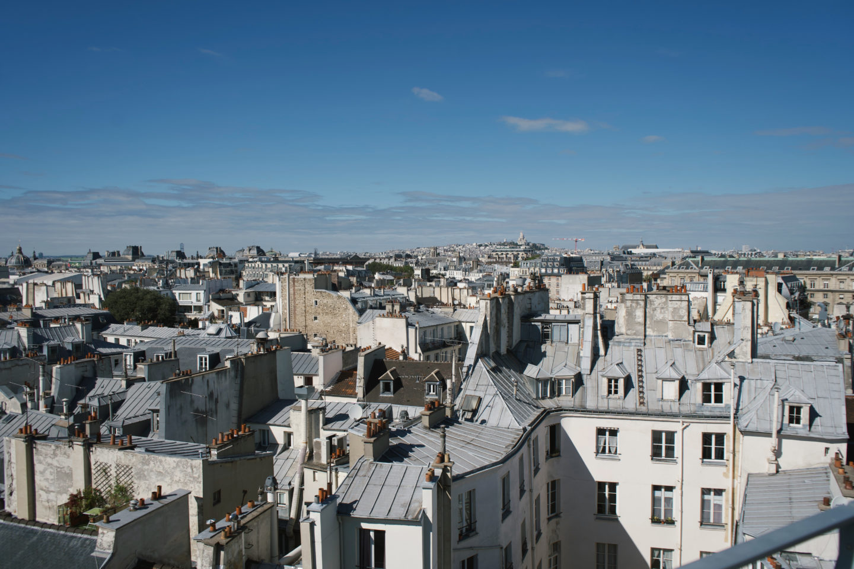 Paris von Oben, Aussichtspunkt 43 Up On the roof, Blick auf Sacre Coeur
