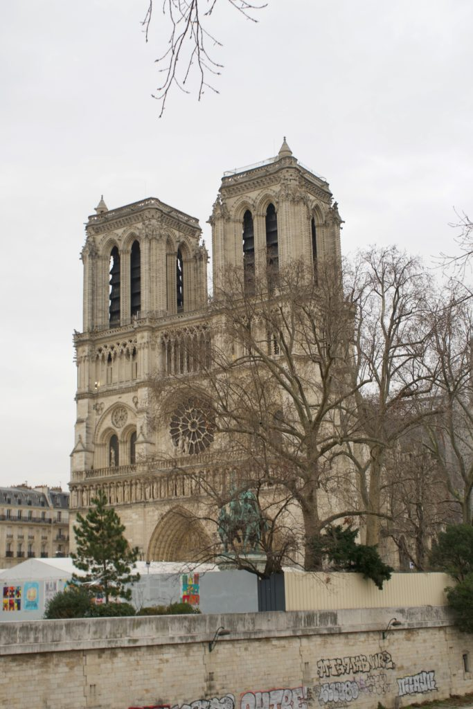 Top 25 Sehenswürdigkeiten in Paris, Notre-Dame